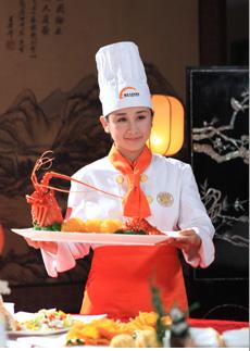 杰出厨师校友--赵丹