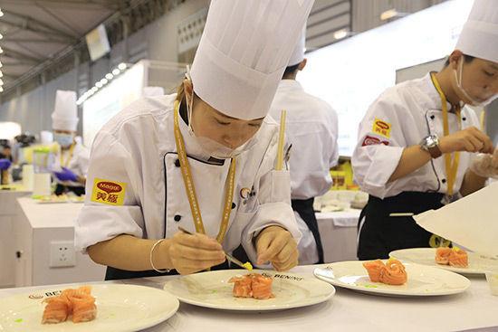 成都厨师职业学校学厨师工作环境好就业前景广